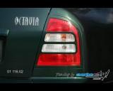 Škoda Octavia 2001 - Rámeček zadních světel pro lak (Autostyl Janko)